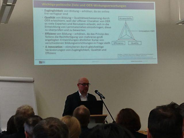 "Keynote Dr. Dominic Orr - Diskussionspunkt ""Bildungspotentiale vn OER"""